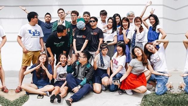50056b3ffc3a 15 Ways Singaporean Students Dress to School - TheSmartLocal