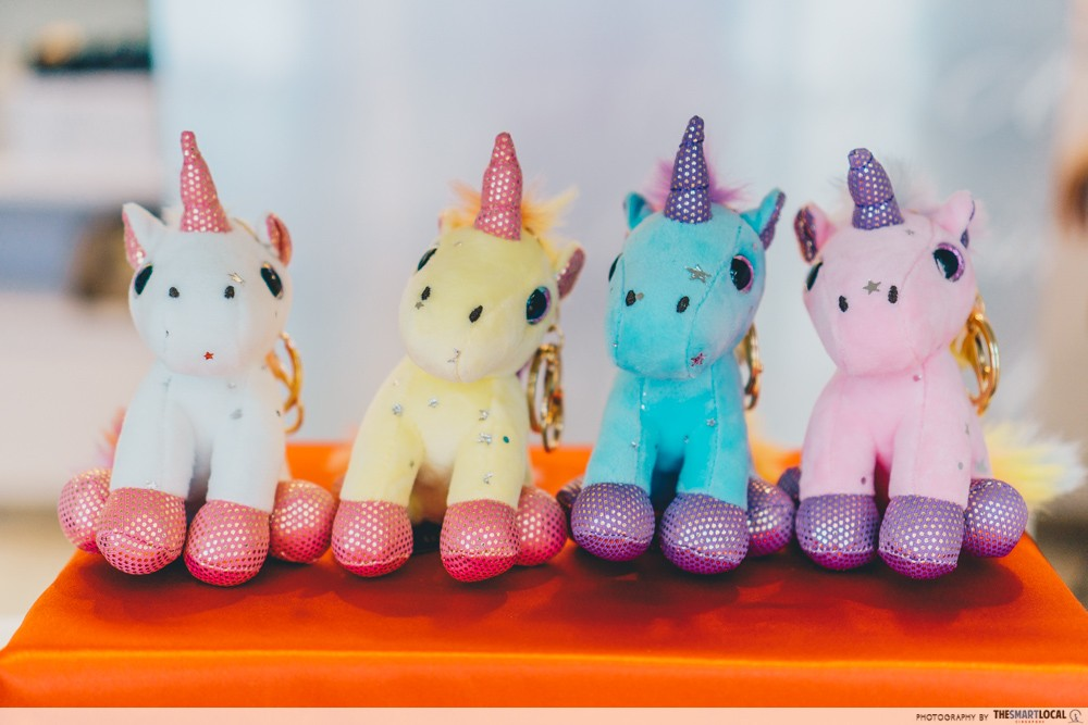 magical unicorn keyring