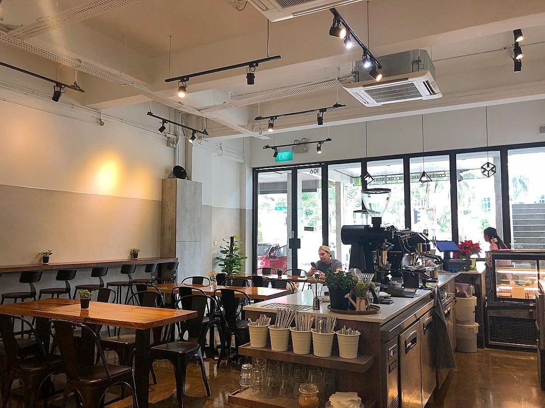 New restaurants - January 2019 - FlagWhite