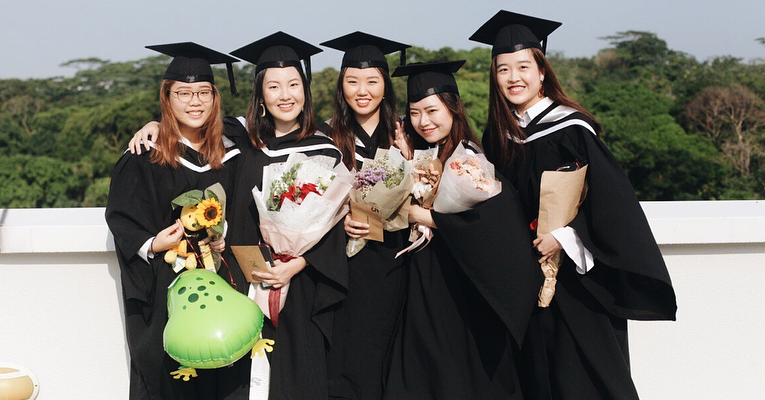 5 Ways Poly & ITE Grads Can Get A Head-Start In Places That Value Experience Over Certs