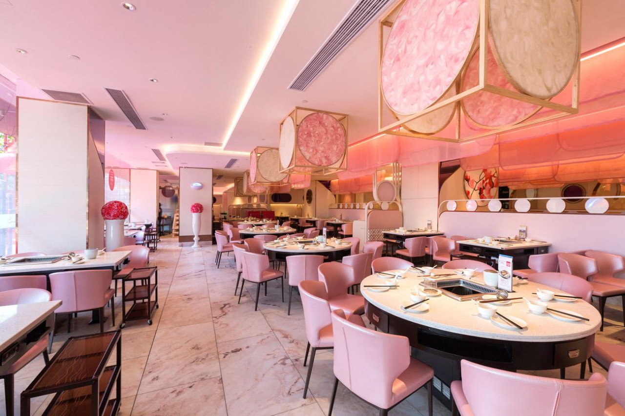 pink designed beauty in the pot mala restaurant