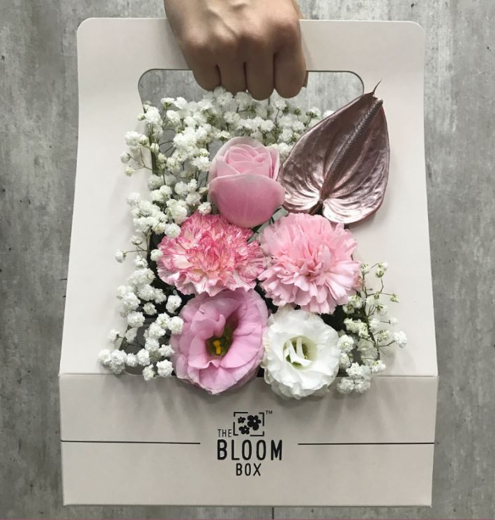 Valentine's Day bouquets under $50 - Bloom Box