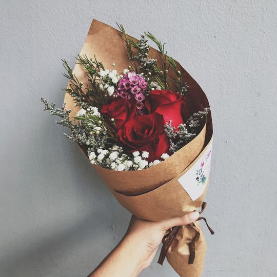 Valentine's Day bouquets under $50 - classic rose bouquet