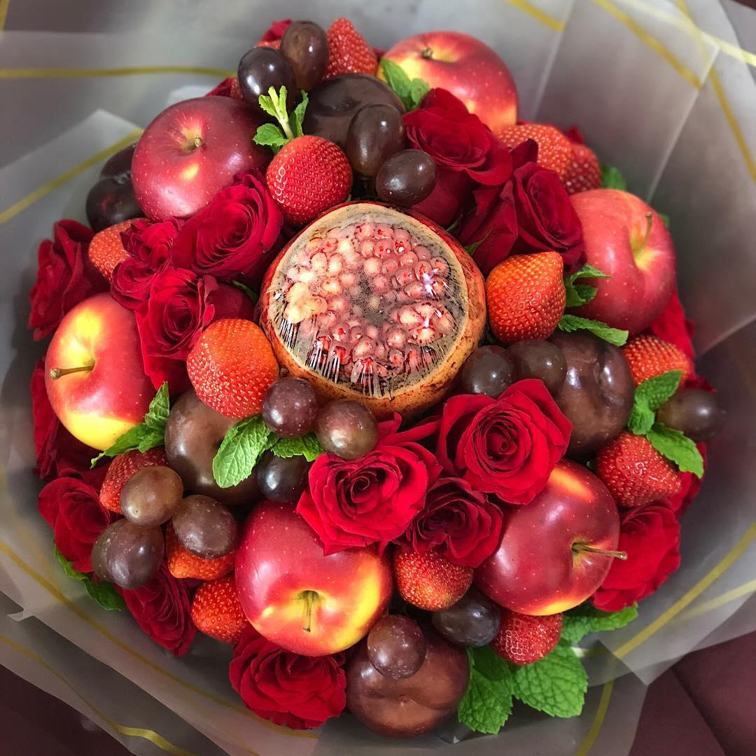 Edible bouquets for Valentine's Day 2019 - fruits