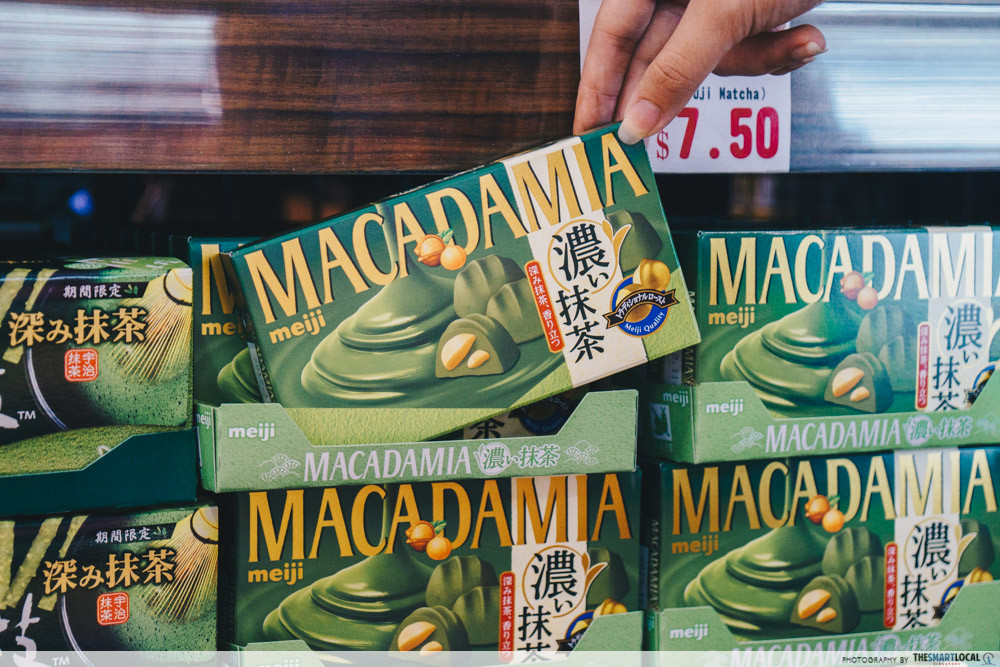 Macadamia Meiji chocolate