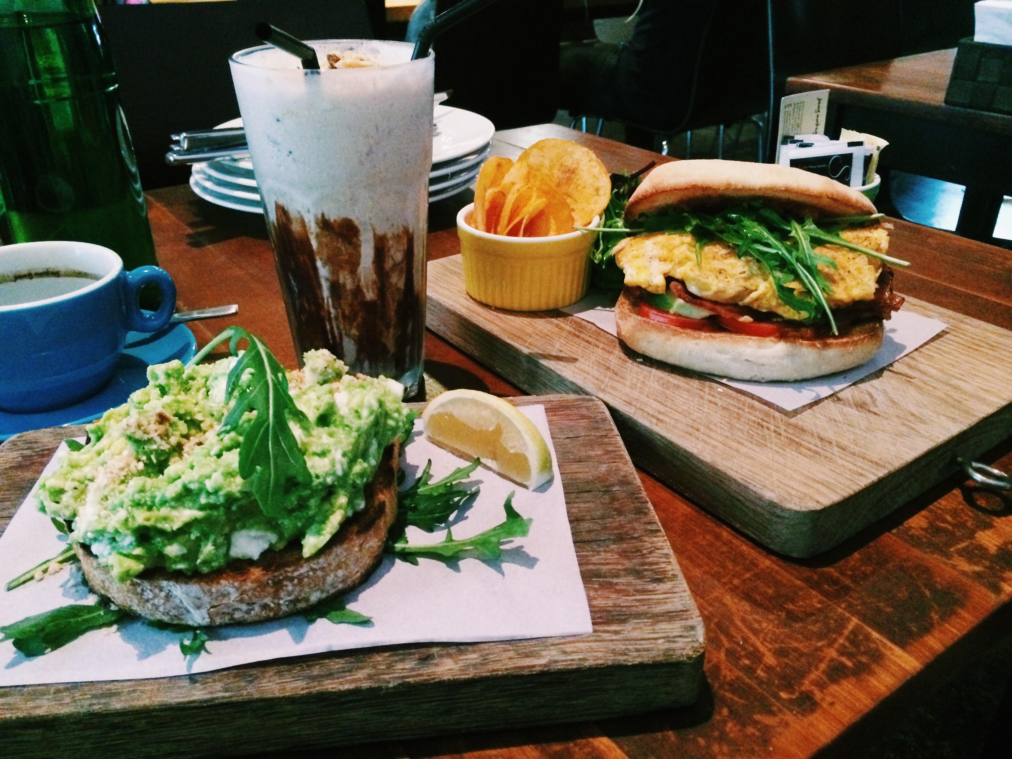 Jimmy monkey cafe and bar a taste of australian goodness for Australian cuisine singapore
