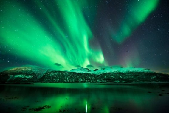 b2ap3_thumbnail_06-northern-lights.jpg