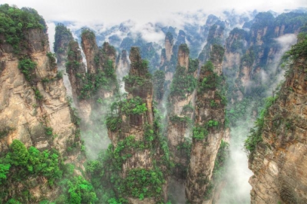 b2ap3_thumbnail_Zhangjiajie-National-Forest-Park.jpg