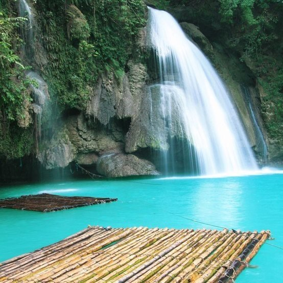 b2ap3_thumbnail_Kawasan-Falls-The-Philippines.jpg