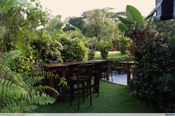 Kakis Bistro and Bar - A Secret Garden
