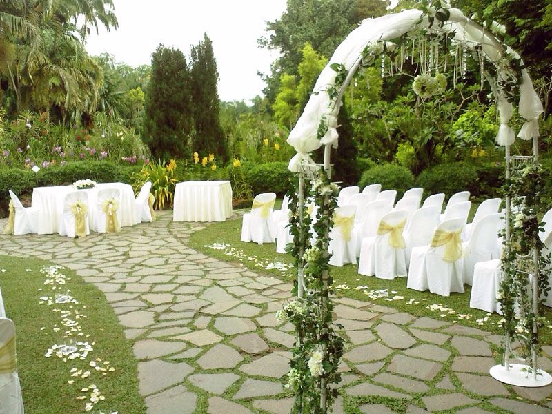 12 wedding venues so magical you wont believe theyre in singapore 8 burkill hall botanic gardens junglespirit Gallery
