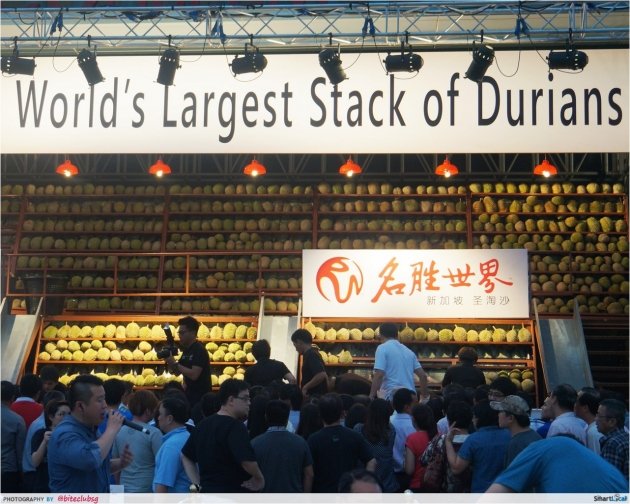 An Inside Look at the RWS Durian Fest 2014