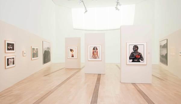 Annie Leibovitz: A Photographer's Life (1990-2005)