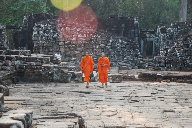 b2ap3_thumbnail_holly_bayongmonks.jpg