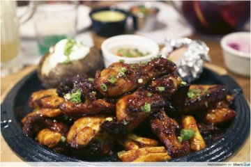 Korean Chain Chir Chir Whips Up A Medley Of Korean Fried Chicken Fusion Dishes