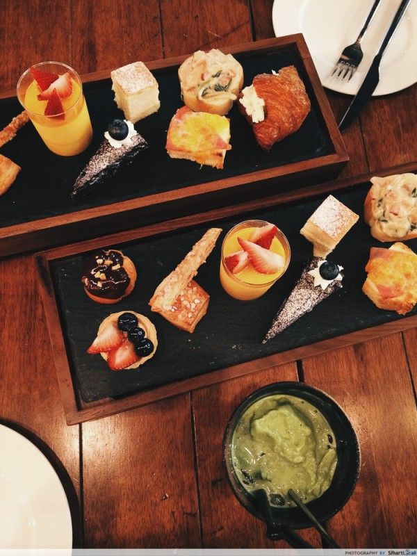 Miam Miam - A French-Japanese High Tea Experience