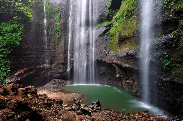 b2ap3_thumbnail_Madakaripura-Waterfall-East-Java-Indonesia.jpg