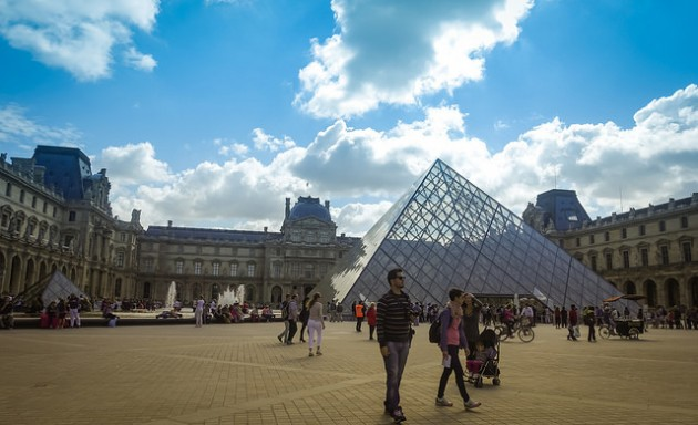 Visit the Louvre at a discounted price