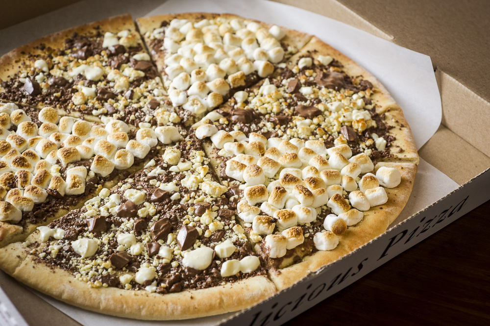 choc-pizza.jpg