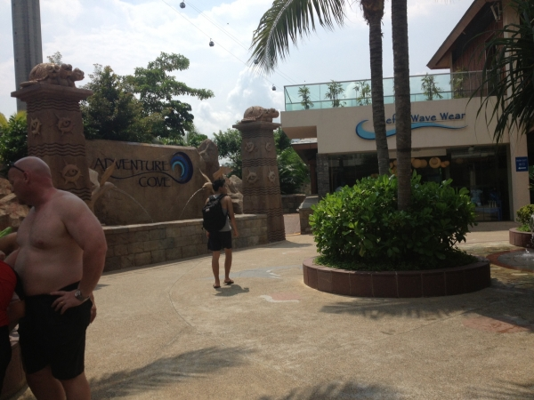 Staycation in RWS! (Part 1 of 3)