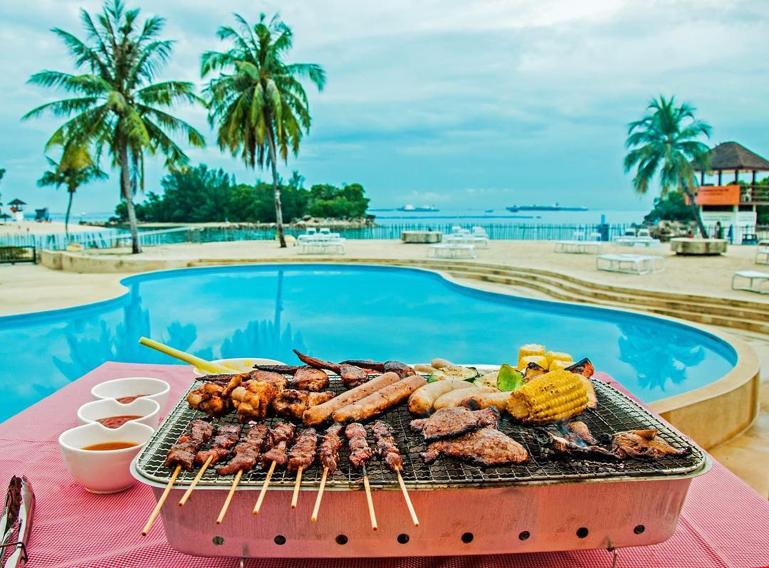 bbq on siloso beach