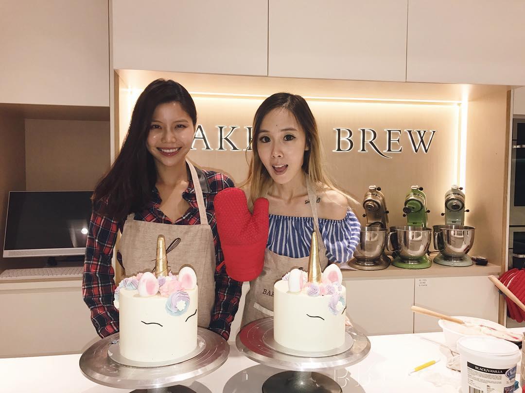 baker's brew interior classes unicorn cake