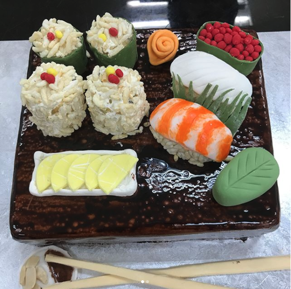 sushi cake sashimi creative culinaire