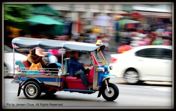 Tuk-Tuk... people mover...