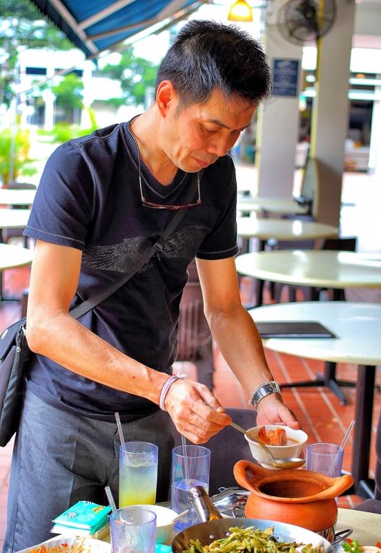 Spicy Thai, Thai Cafe Cuisine in the Heartlands