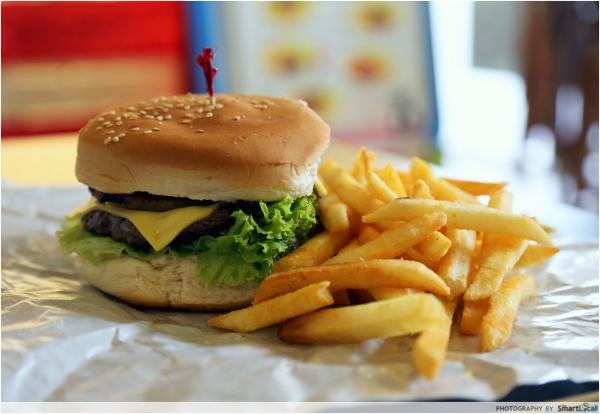 Little Hiro - A new Hawaiian-Japanese restaurant that also serves Ramen Burgers