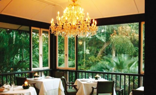 23 most romantic restaurants in singapore of all time for Au jardin restaurant singapore botanic gardens