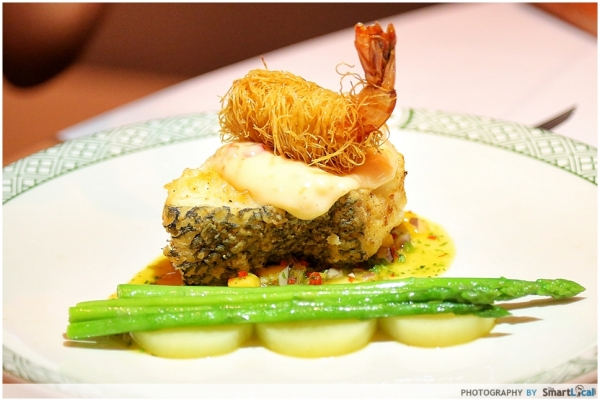 b2ap3_thumbnail_Lawrys-White-Cod-with-Tiger-Prawn.JPG