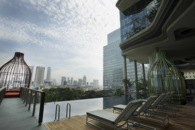 10 Hotel Swimming Pools In Singapore You Won't Believe Exist