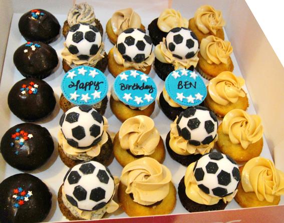 plain vanilla mini cupcakes