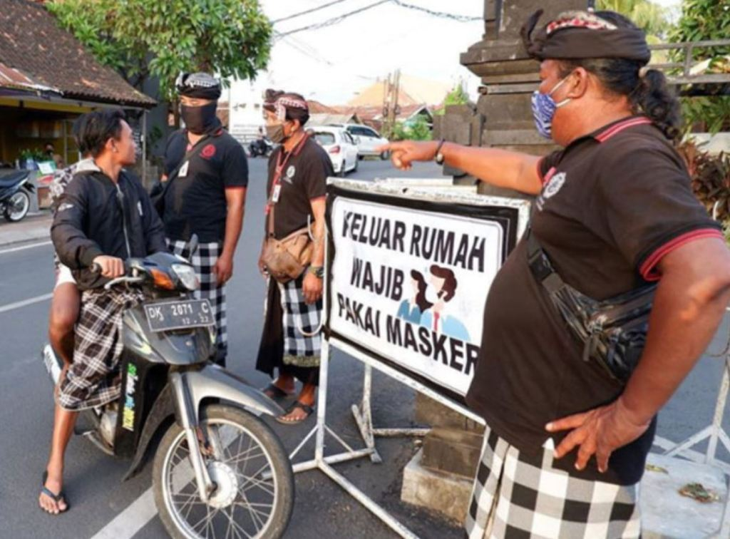 Bali face mask fines - Local authorities