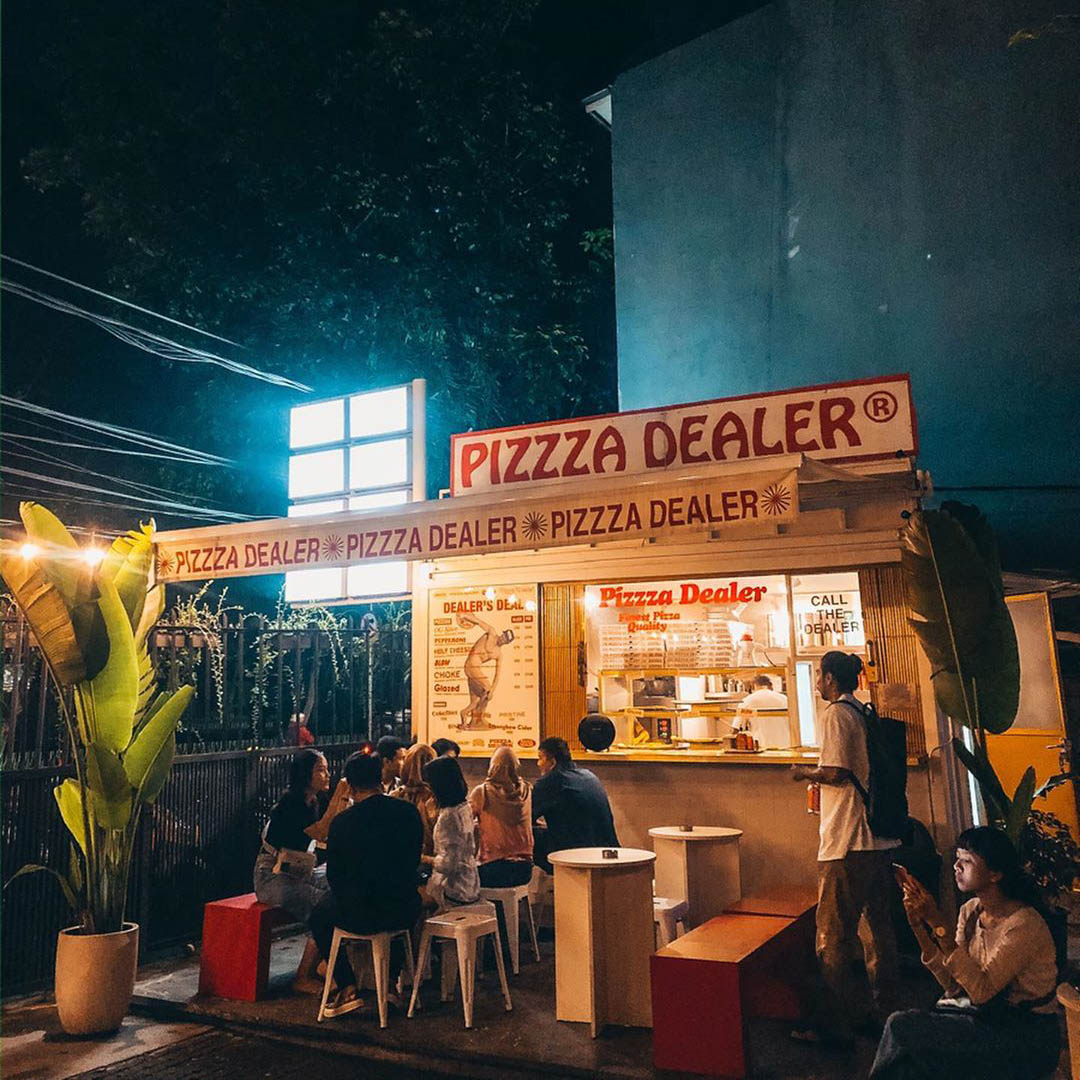 pizza restaurants in Jakarta pizzza dealer