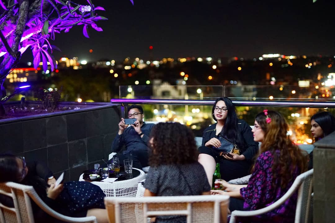 neo hotel rooftop lounge