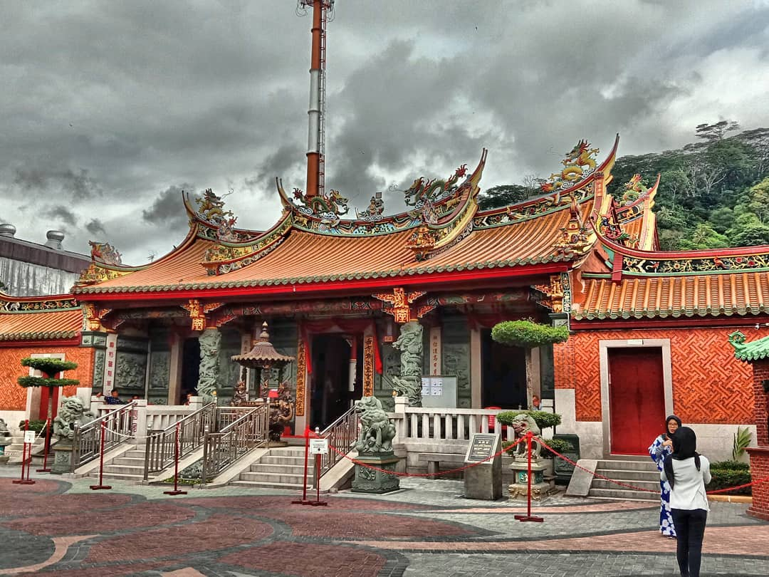 see hien kiong temple in padang west sumatra