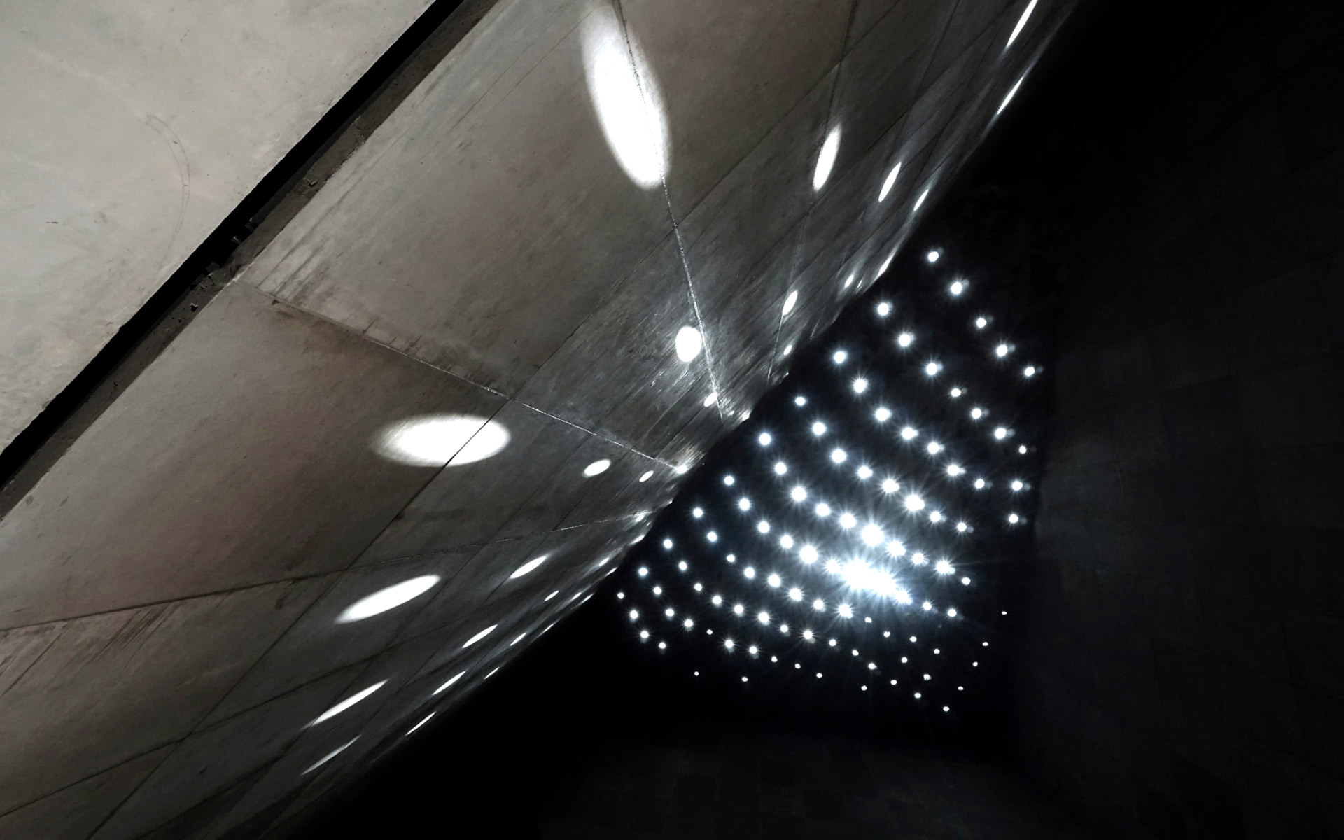 tubaba mosque light openings