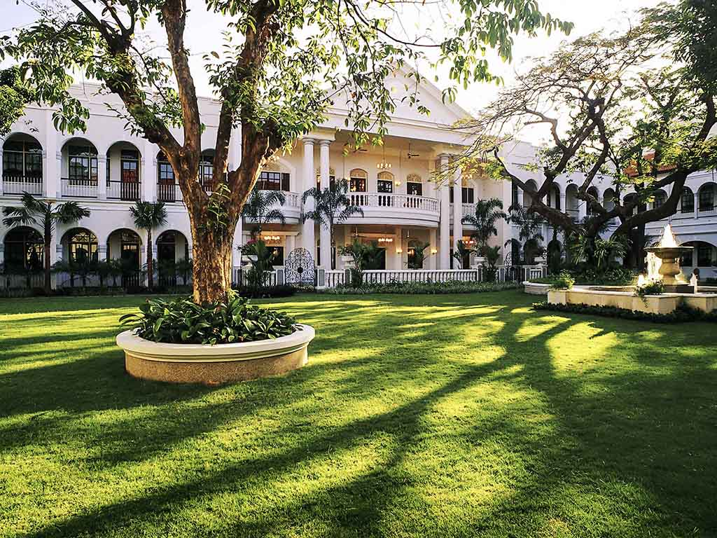 haunted places indonesia - majapahit hotel