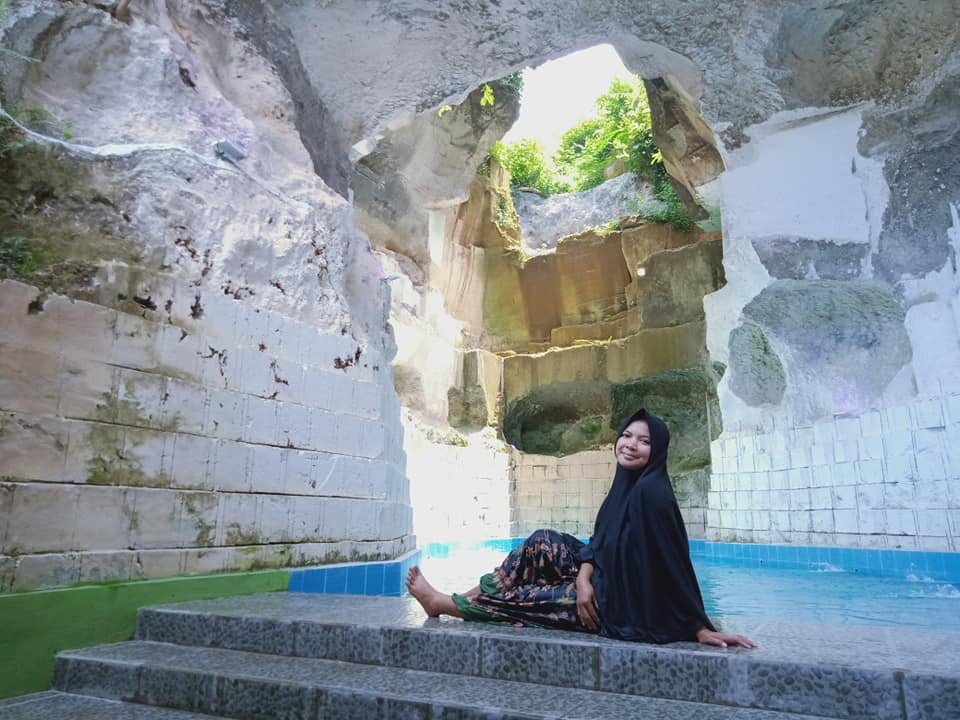 hijabers only bath pool 3