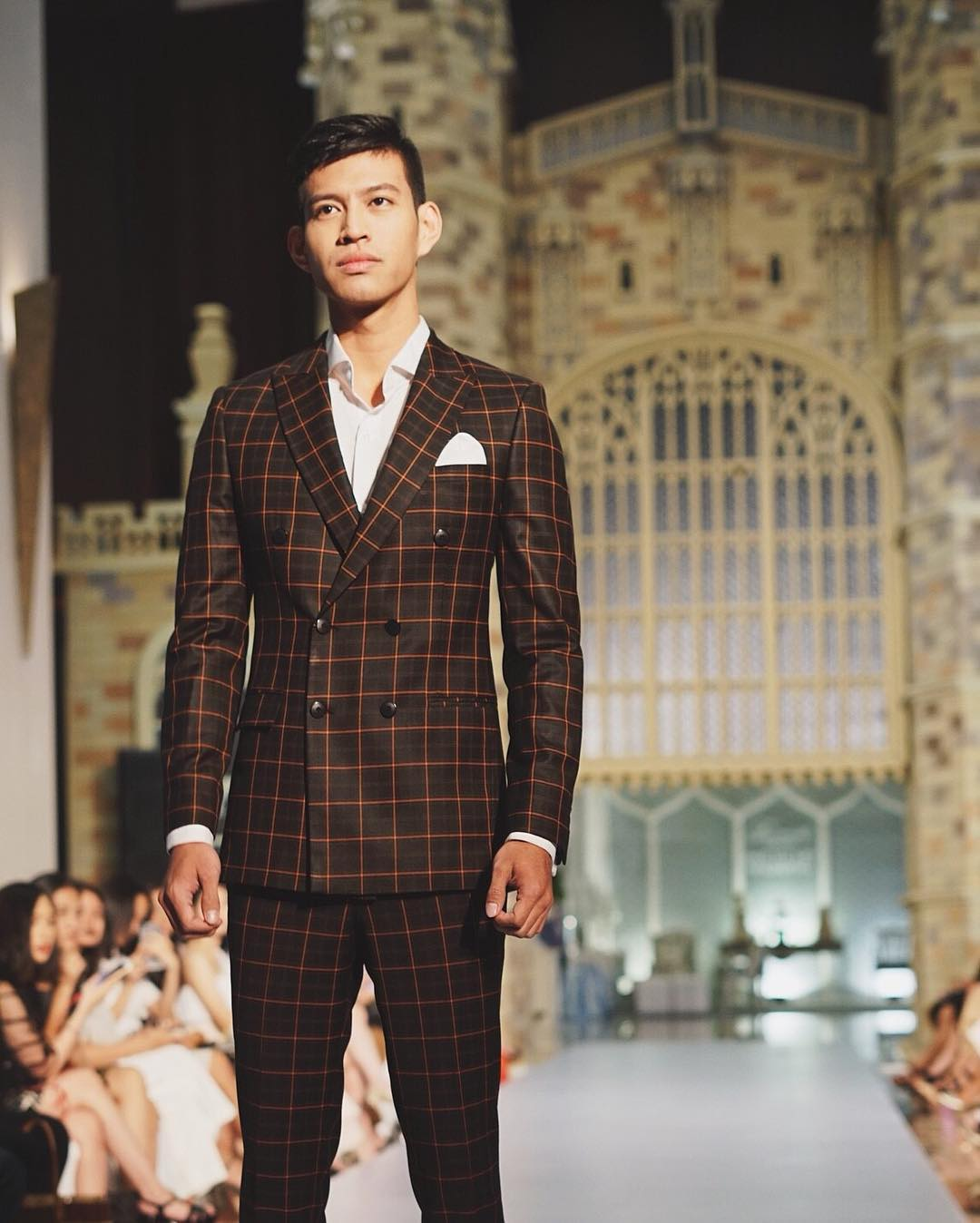mens tailors in jakarta - wong hang tailor suit