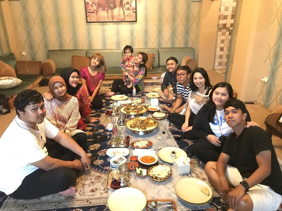 middle eastern and indian restaurants in jakarta - abunawas restaurant