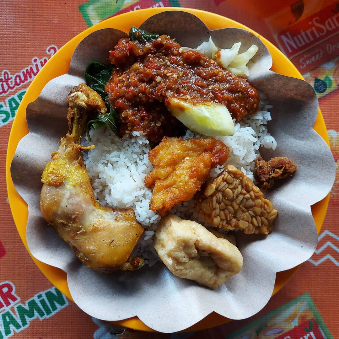 spicy indonesian food -sego tempong