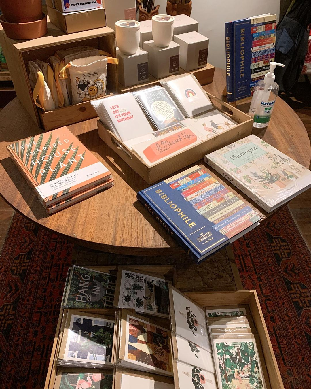 concept stores in jakarta - dia.lo.gue books