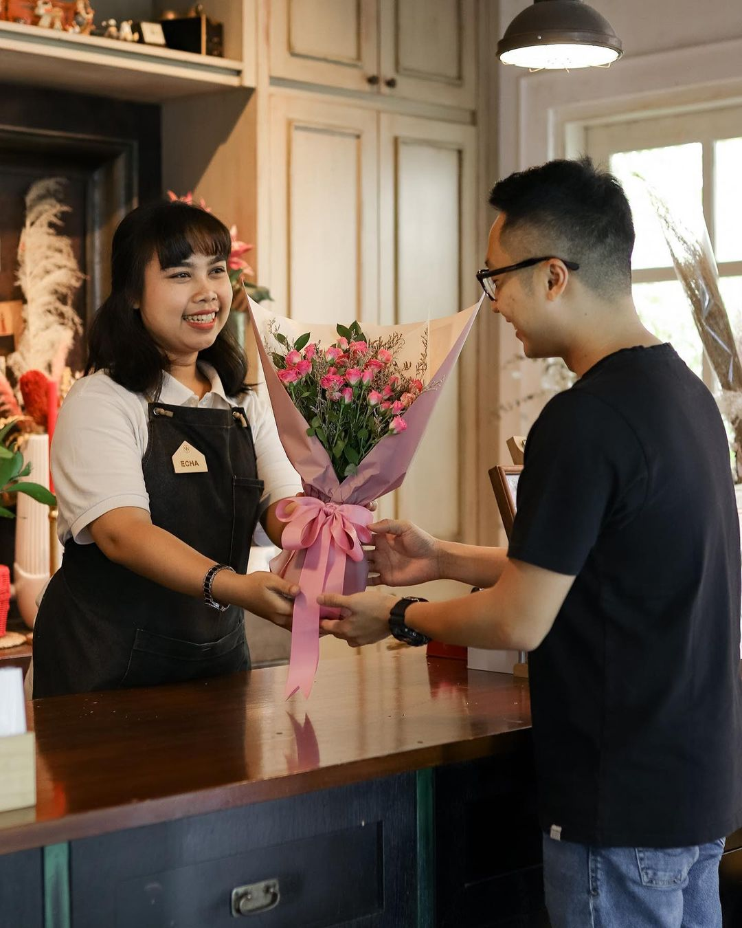 concept stores in jakarta - onni house flowers