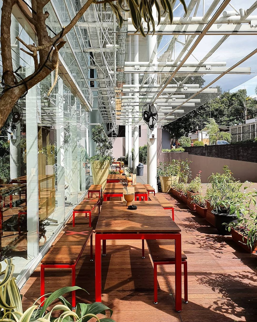 concept stores in jakarta - papilion bakery