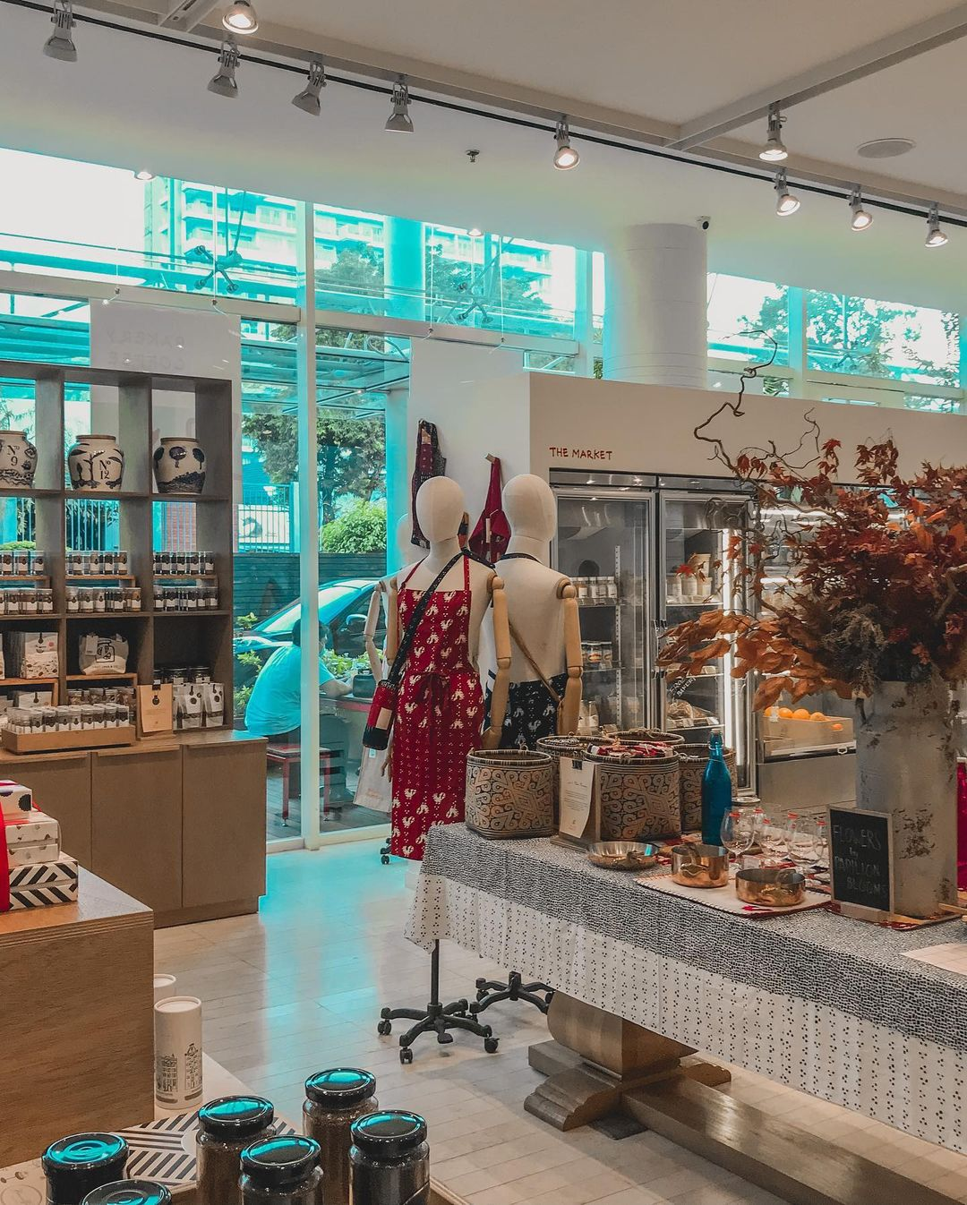 concept stores in jakarta - papilion the market