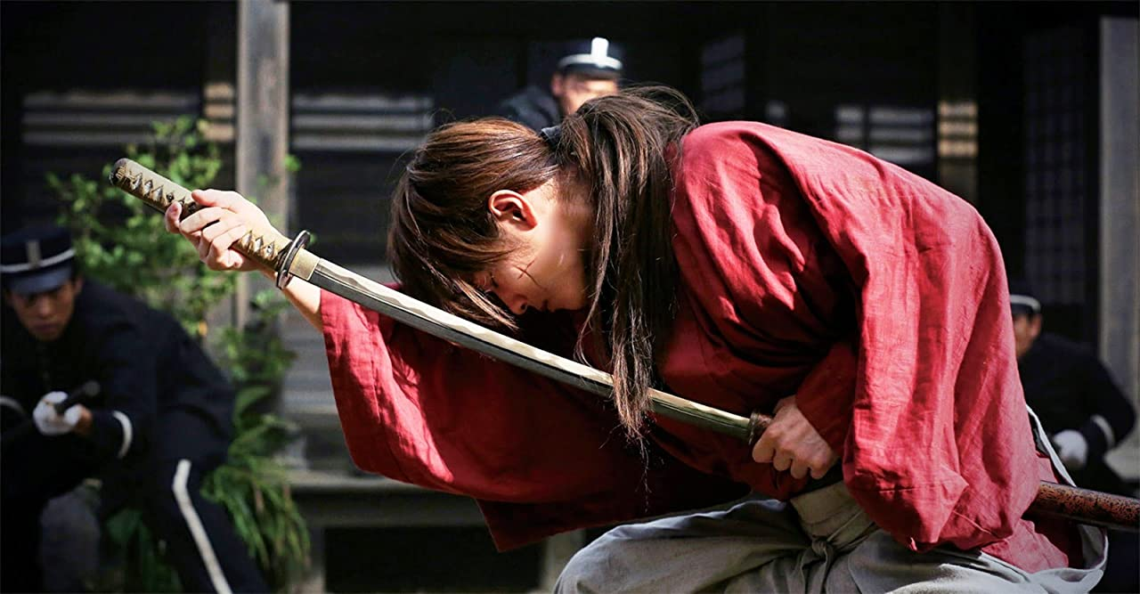 Japanese Live-action Movies  - Rurouni Kenshin drawing sword