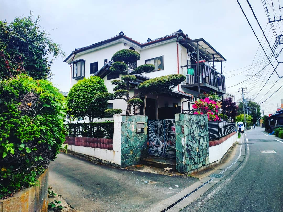 Japanese Laws 6 - house in japan